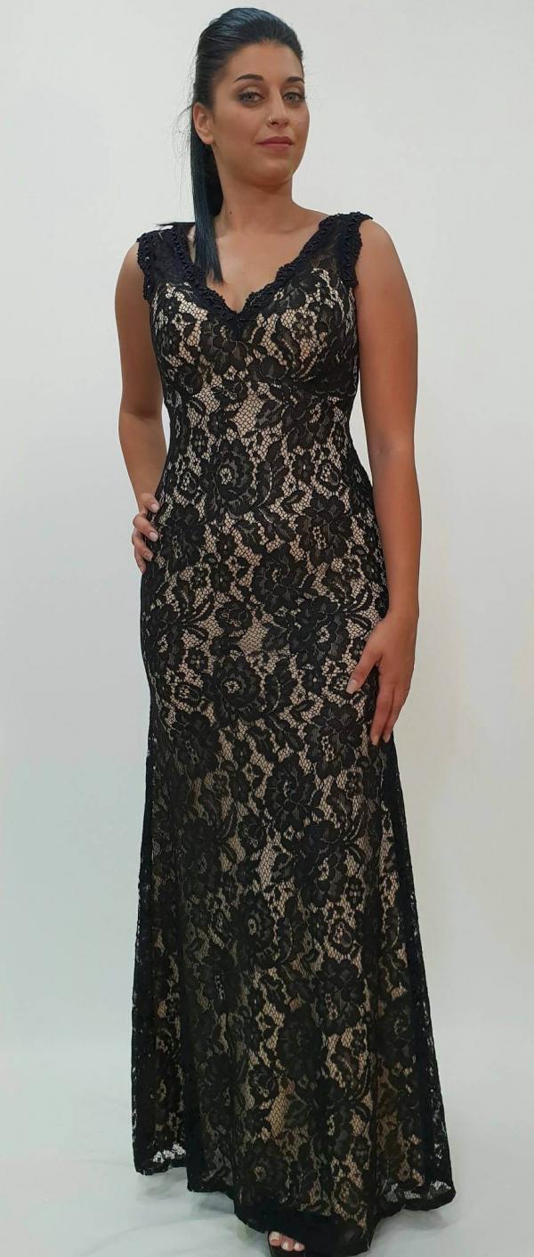 Φόρεμα μάξι δαντέλα