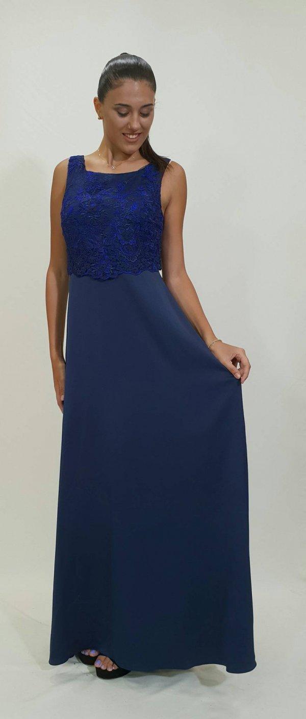 Φόρεμα δαντέλα με εντυπωσιακό δαντελένιο μπούστο - For ever Chania ... ef180a1aabc