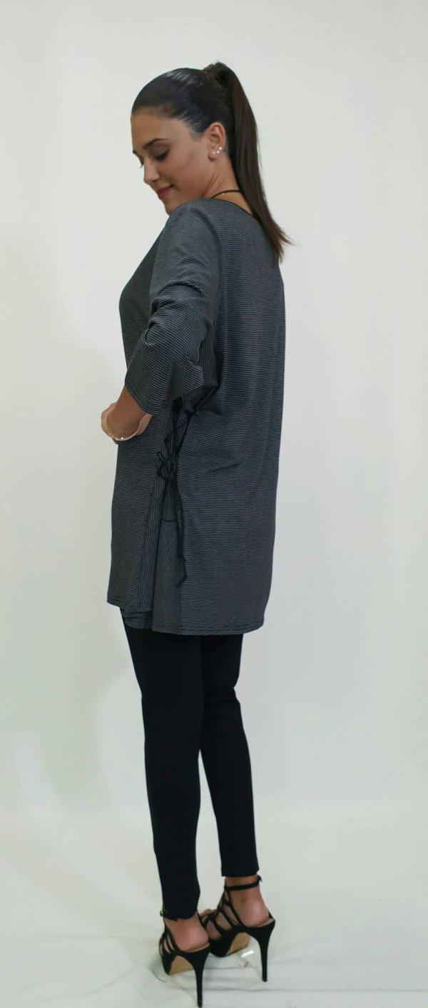 Μπλούζα με σχέδιο στα πλάγια