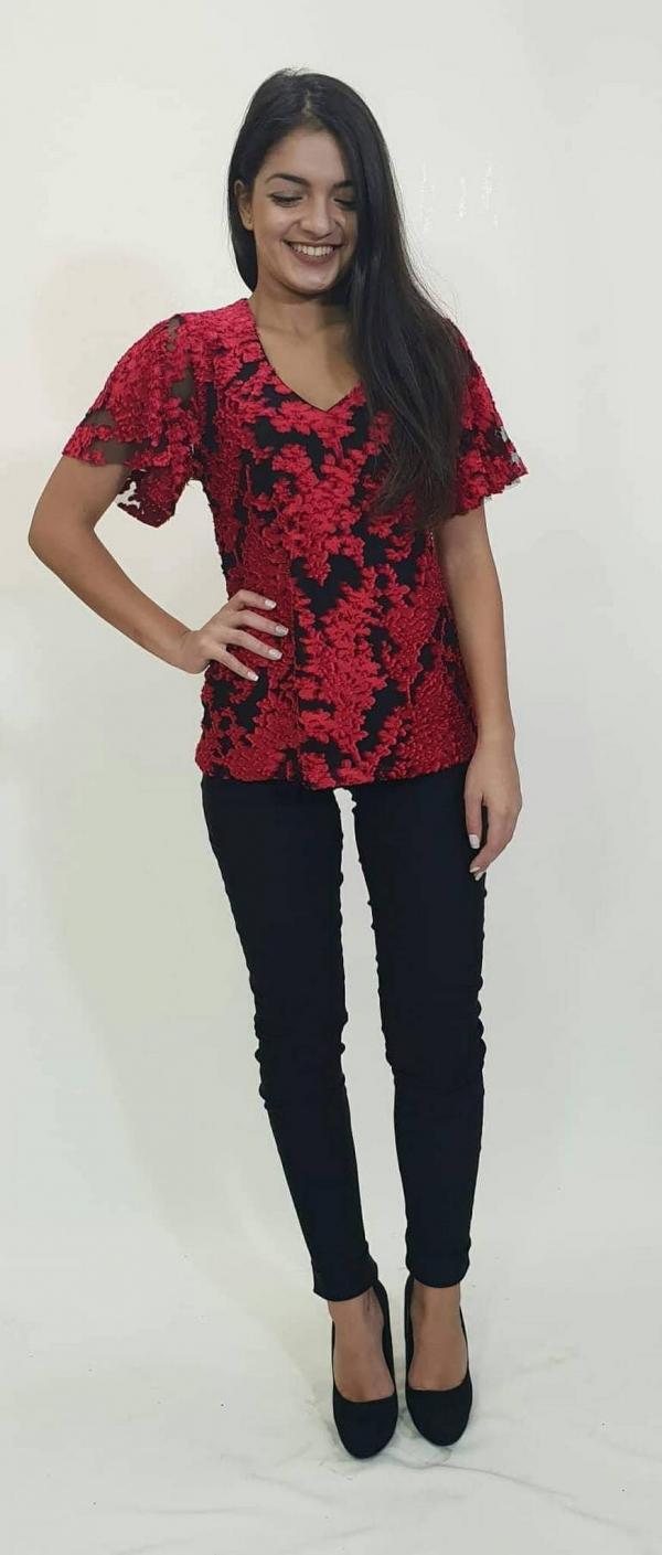 ad36b92578f7 Μπλούζα με λουλούδια - For ever Chania Clothing   Accessories
