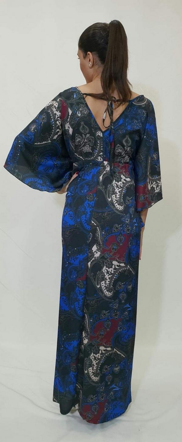 Φόρεμα με μανίκι νυχτερίδα