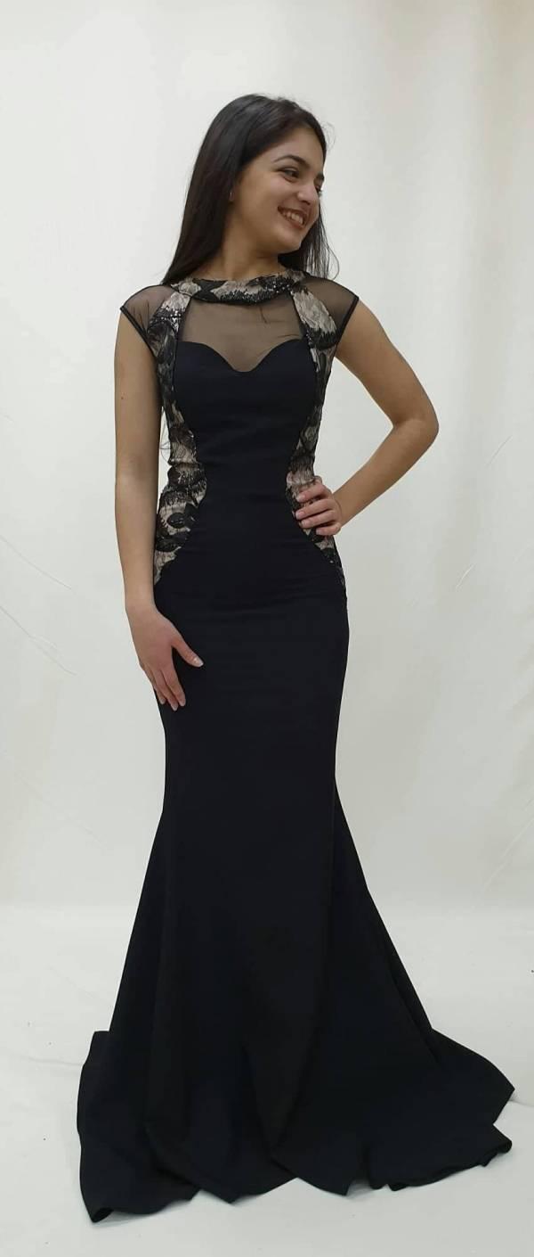 Φόρεμα στενό με γοργονέ