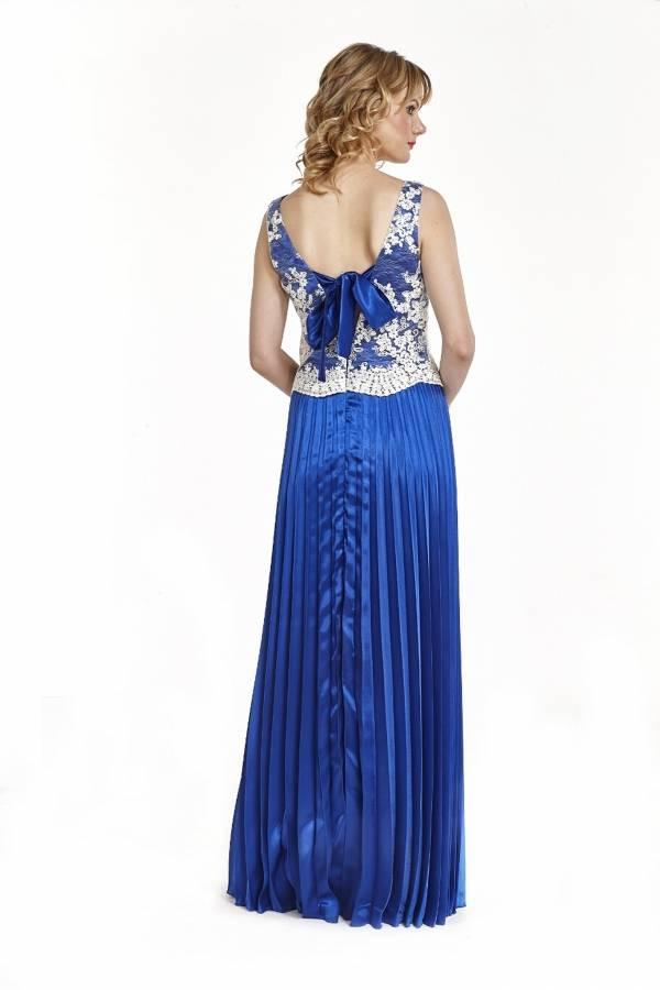 Φόρεμα πλισέ με δέσιμο στη πλάτη