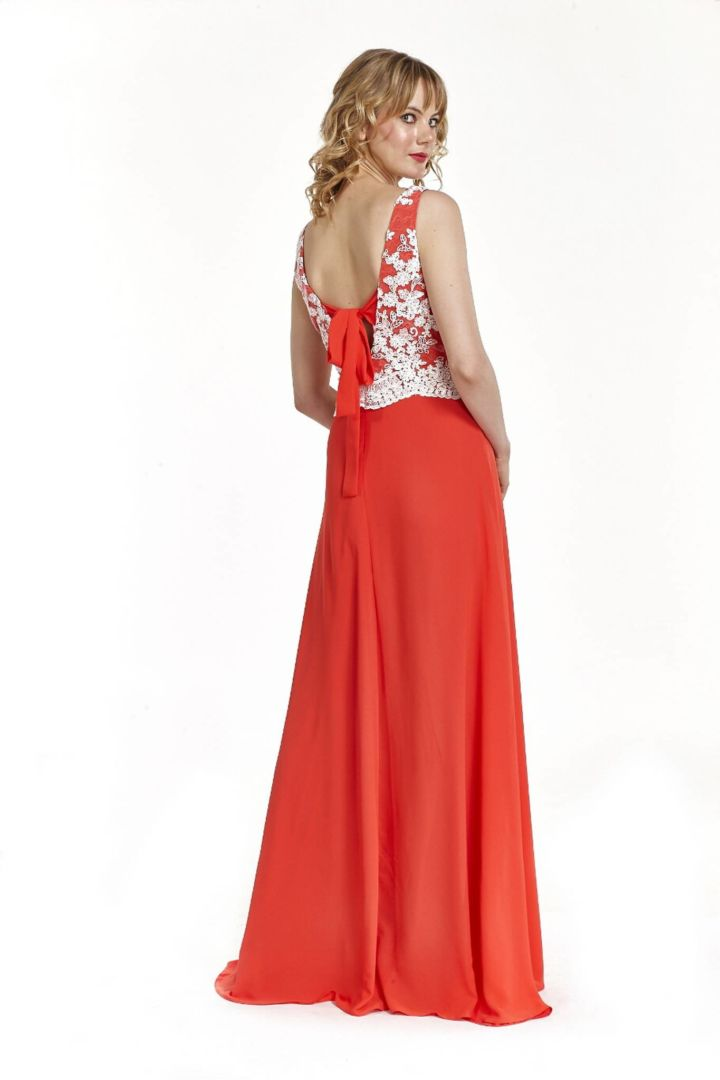 Φόρεμα μακρύ με δέσιμο στη πλάτη