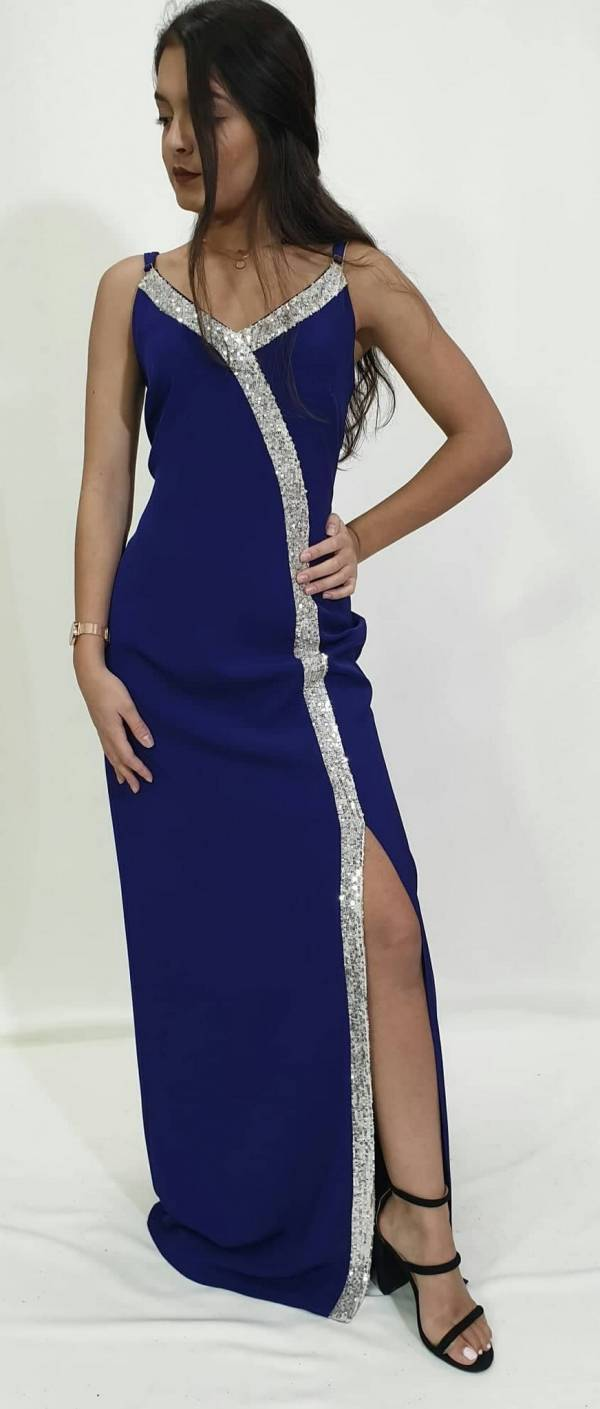 Φόρεμα σε ίσια γραμμή με σκίσιμο